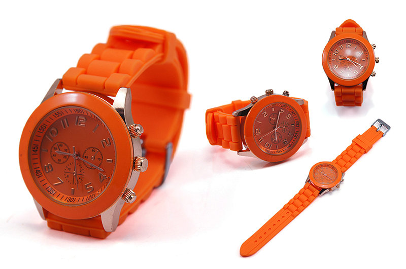15-Colors-New-Unisex-Geneva-Silicone-Jelly-Gel-Quartz-Analog-Sports-Wrist-Watch